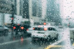 Κι όμως! Το Ντουμπάι έφτιαξε τη δική του βροχή, για να καταπολεμήσει την «τρελή» ζέστη