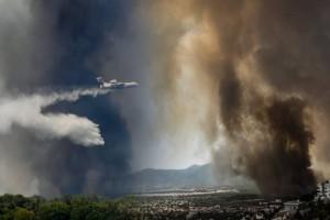"""Φωτιά στη Βαρυμπόμπη: Που θα """"κοπεί"""" σήμερα το νερό στην Ανατολική Αττική;"""