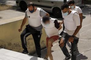 Γυναικοκτονία - Δάφνη: Προκαλεί ο δράστης - «Η γυναίκα μου με φοβόταν και κλειδωνόταν στα δωμάτια»
