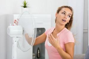Tips: Πρωτότυπα κόλπα για να δροσιστείτε μέσα στο σπίτι χωρίς κλιματιστικό