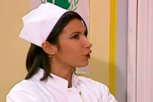 Θυμάστε την κούκλα νοσοκόμα από το Κωνσταντίνου και Ελένης; Δείτε πως είναι σήμερα, 20 χρόνια μετά!