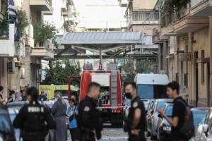 Σοκάρουν οι αποκαλύψεις από την τραγωδία στα Πατήσια: Από έκρηξη η πυρκαγιά στο σπίτι, εκσφενδονίστηκε στο πεζοδρόμιο ο άνδρας!