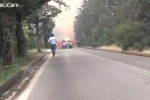 «Θα καούμε ζωντανοί»: Οι συγκλονιστικές στιγμές με το συνεργείο του Mega που αποκλείστηκε στην φωτιά της Βαρυμπόμπης