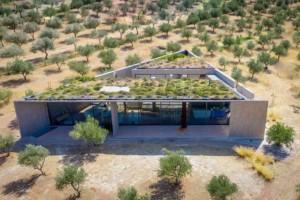 Το τριγωνικό σπίτι στα Μέγαρα που βασίζεται στις αρχές του Πυθαγόρειου Θεωρήματος
