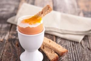 Μην ξαναφάτε ποτέ τα αβγά μελάτα: Κινδυνεύετε από αυτή τη σοβαρή ασθένεια!