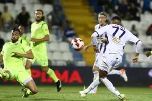 Απόλλων Σμύρνης - Ιωνικός 0-0: Παραλίγο αυτογκόλ από τον Άλβες