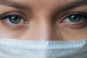 Σοκ! Η Μετάλλαξη Δέλτα μπορεί να προκαλέσει βλάβες ακόμη και στα μάτια