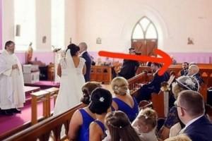 Ηταν έτοιμοι να παντρευτούν όμως μια φωνή διέκοψε τον γάμο - Όταν η νύφη είδε ποιος ήταν της κόπηκαν τα γόνατα (Video)