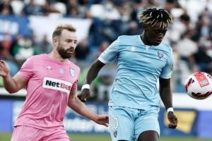"""Super League 1: Ιωνικός - ΠΑΣ Γιάννινα 0-0: """"Λευκή"""" μοιρασιά"""