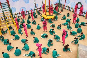 Θα γινόσουν καθίκι μπροστά στον θάνατο; Οι Κορεάτες ξεφτίλισαν την πιάτσα με το Squid Game!