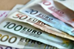 Συντάξεις - επιδόματα: Οι πληρωμές από e-ΕΦΚΑ, ΟΑΕΔ και ΟΠΕΚΑ έως 1 Οκτωβρίου