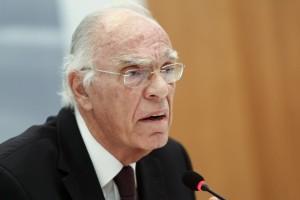 Βασίλης Λεβέντης: Σε κρίσιμη κατάσταση ο πρόεδρος της Ένωσης Κεντρώων - Ο λόγος που δεν εμβολιάστηκε