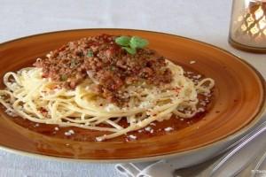 Η πιο νόστιμη συνταγή: Πέννες με κιμά και τυριά στη κατσαρόλα