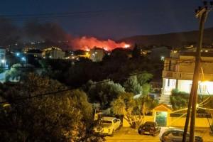 Πυρκαγιά στη Νέα Μάκρη: Χωρίς ενεργό μέτωπο - Παραμένουν οι ισχυρές πυροσβεστικές δυνάμεις!
