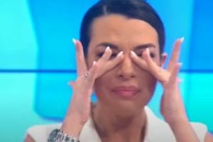 Ξέσπασε σε κλάματα η Νικολέττα Ράλλη στην πρεμιέρα της εκπομπής της