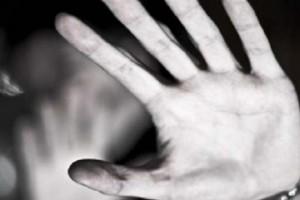 Φρίκη στη Ρόδο: Άνδρας εξανάγκαζε τη γυναίκα του να κάνει σ@ξ με σκύλο