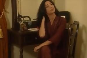 Θυμάστε την Πηνελόπη από το «Καφέ της Χαράς»; Δείτε πώς είναι σήμερα η μητέρα του Μανωλάκη