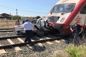 Τρένο συγκρούσε με φορτηγό στη Θεσσαλονίκη - Αποκλεισμένο το σημείο!