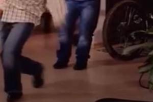 Λιώσαμε: Αυτό είναι το πιο ξεκαρδιστικό ζεϊμπέκικο της ελληνικής τηλεόρασης