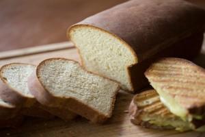 Τι «κρύβει» μέσα του το ψωμί; Διαφέρει ανάλογα με το είδος
