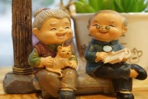 Ο παππούς, η γιαγιά και το παντελόνι... Το ανέκδοτο της ημέρας (19/10)