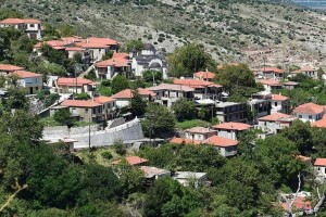 Ταξιδεύουμε σε 4 χωριά δύο ώρες από την Αθήνα για την ιδανική απόδραση!