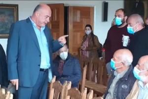 Χαμός με Μπέο στο Δημαρχείο Βόλου: «Θα είναι η πρώτη φορά που θα γίνετε μαύροι στο ξύλο»