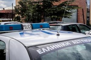 Έγκλημα στο Αιγάλεω: Παραδόθηκε ο 20χρονος που σκότωσε τη μητέρα του