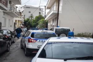Έγκλημα στο Αιγάλεω: «Ηρθα να παραδοθώ, σκότωσα την μάνα μου» - Τα λόγια του 20χρονου μητροκτόνου στους αστυνομικούς