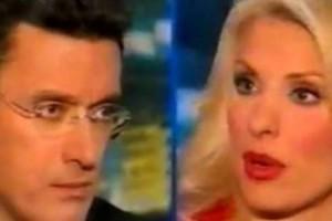 """Νίκος Χατζηνικολάου: Στριμώχνει σε ΒΙΝΤΕΟ την Ελένη Μενεγάκη - """"Είσαι νοστιμούλα...""""!!!"""