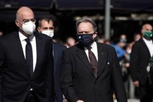 Γιώργος Κατρούγκαλος: Λιποθύμησε στην κηδεία της Φώφης Γεννηματά