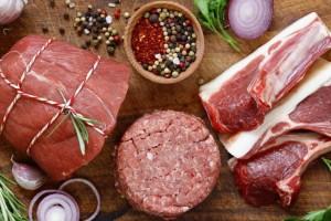 Σταματήστε άμεσα να αγοράζετε αυτά τα 4 κρέατα - Τα τρώμε καθημερινά και μπορεί να πάθουμε μέχρι και...