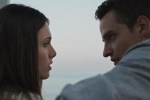 Η Γη της Ελιάς: Η Μυρτάλη βλέπει τον Στέφανο αγκαλιά με την Ελένη