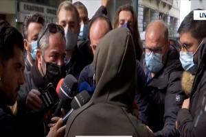 Πέραμα: Καταιγιστικές εξελίξεις! Παρουσιάστηκε στα Δικαστήρια Πειραιά ο 15χρονος Ρομά - Τα πρώτα του λόγια