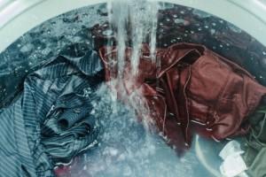 Απολυμάνετε το πλυντήριο ρούχων μέσα σε μόλις 10 λεπτά!