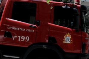 Σχιστό: Ρομά κατέβασαν πυροσβέστες από όχημα και τους έδειραν
