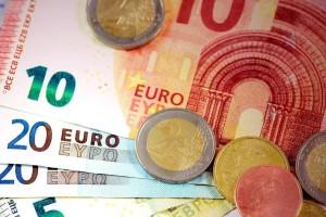 Συνταξεις: Αυξήσεις έως 216 ευρώ - Ποιοι είναι οι δικαιούχοι