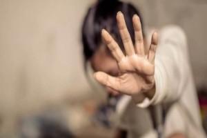 Σοκ στα Τρίκαλα: Στη φυλακή 77χρονος που προσπάθησε να βιάσει 14χρονη «γιατί θόλωσε από τα τσίπουρα»