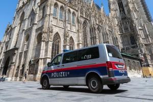 Συναγερμός στη Βιέννη: Τέσσερις τραυματίες από επίθεση με μαχαίρι