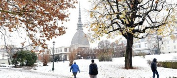 Εντυπωσιακές εικόνες: Σε κλοιό χιονιά η Ευρώπη: Από Λονδίνο μέχρι Γερμανία!
