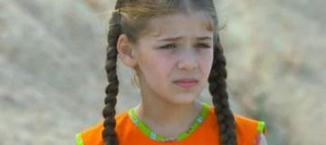 Elif: Ο Μουράτ πηγαίνει στο κτήμα για να δει τη Ζεϊνέπ!