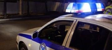 Τρόμος για 25χρονη στο Φάληρο: Την έβγαλαν από το αυτοκίνητό της και το έκλεψαν!