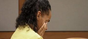 Φρίκη! Γυναίκα σκότωσε τον σύντροφό της βάζοντάς του φωτιά ενώ κοιμόταν! (Video)