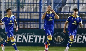 Απόλλων Σμύρνης-Αστέρας Τρίπολης: Γκολ από τον Μπαράλες και 0-1