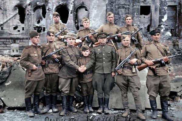 Η Πτώση του Βερολίνου - 1945