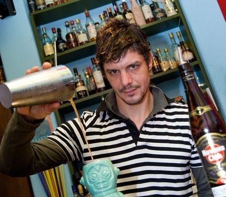 Shake it - Baba Au Rum, Avalon, Diver, Wine Bar Γραμματόσημο