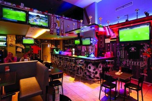 Αρχίζει το ματς! Best sport cafes in town!