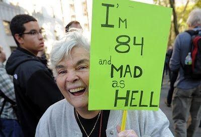 Τα πιο αστεία πλακάτ σε διαδηλώσεις!(PHOTOS)
