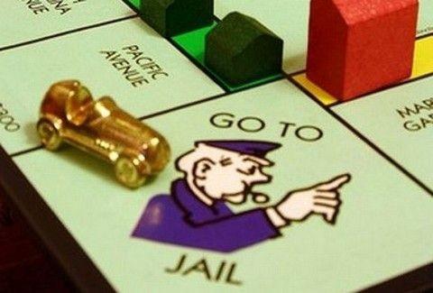 Μαχαίρωσε τον εραστή της επειδή την έκλεβε στη Monopoly!!