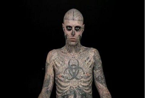 Ο άνθρωπος με το ολόσωμο τατουάζ-σκελετός!!(PHOTOS)